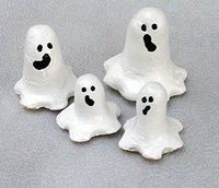 These salt dough ghost would look very cute on your table. Halloween crafts!