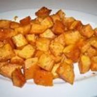 Honey and Rosemary Sweet Potatoes *Made these for Easter dinner. SOOO good!