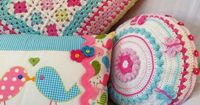Adoro il cuscino granny !-CROCHET PILLOW Crochet CUSHION Butterflies by KerryJayneDesigns
