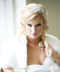 Google Image Result for http://www.recycledbride.com/uploads/listing/42/42767/bridal headband hair accessories 45736 view2.jpg