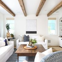 Lavish Furnishing in Traditional Design A traditional-styled minimalist living room can complement the overall design of your house, with a European touch and c