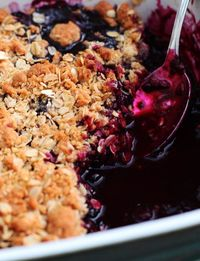 This blueberry crisp recipe is so easy and a crowd pleaser. Topped off with vanilla ice cream and you have yourself an amazing dessert!