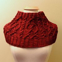 Ravelry: Red Riding Cowl pattern by Gabrielle Vézina