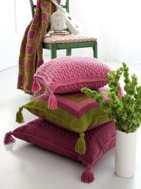 Graphic Cushions | Yarn | Free Knitting Patterns & Crochet Patterns | Yarnspirations