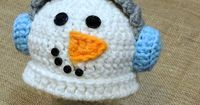 This preemie earmuff snowman hat is too cute! Any little preemie would look adorable in it. Change the earmuff color to pink and you have a girls snowman hat. Make sure to share your finished project on my Facebook Page! Also available on Craftsy for free...