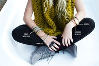 Yes! Black, booties, and one of my FAVORITE colors on a chunky infinity scarf. �™��™��™�