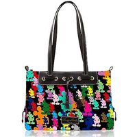 torn on putting this on my wish list or under purses but any purse could be on my wish list...lol