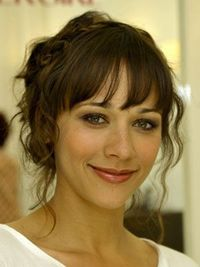 Looking for a fresh makeup palette? Take a cue from Rashida Jones, then, who wore this unexpected purple and green smoky eye makeup combo to the 2010 MTV Movie