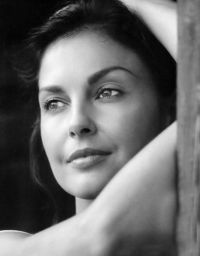 Ashley Judd - so gorgeous and talented
