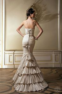 """i <3 this dress! My """"middle little"""" would look SO fabulous in this- not sure if it's her style tho..."""