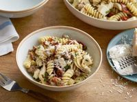 Fusilli with Sausage, Artichokes, and Sun-Dried tomatoes