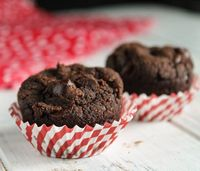 Paleo Pumpkin Chocolate Muffins (Egg & Nut Free w/ Whole 30 Option)