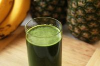 Green Pineapple Juice Recipe: makes 16-20 oz juice depending on juicer and produce size 1 1/2 cups fresh pineapple 4...