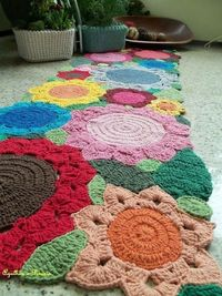 Crochet Rug. (Website not in english)