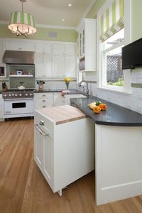Pull out cabinets for more space and easy cleaning