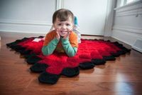 Crochet rug from Mollie Makes magazine (photo from hijennybrown.com)
