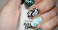 Or, you can actually paint your nails paisley, which is also evocative in terms of flagging. I am so doing this.