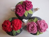 Sharing The Tea Cosy Love Tutorial -crocheting a cosy to fit the teapot - on Why Didn't Anyone Tell Me? at http://whydidntanyonetellme.blogspot.com/2012/04/sharing-tea-cosy-love.html
