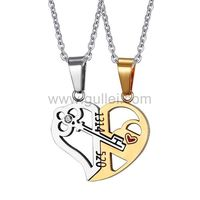 2 Connecting Half Hearts Pendants with Custom Names https://www.gullei.com/2-connecting-half-hearts-pendants-with-custom-names.html
