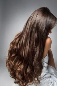 """6 hair mistakes that make you look old�€""""and easy ways to fix them"""