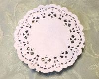 100 x Round White Greaseproof Paper Doilies 85mm. Perfect for Easter, Christmas and New Year Parties. The Ideal Table Decoration Placemat £3.89