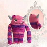 FREE Amigurumi crochet pattern, this month only at this site.
