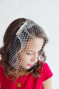 How to Make a $10 Birdcage Wedding Veil