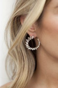 Round Crystal Circle Earrings �'�40.99