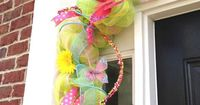 how to make a deco mesh door swag wreath   hope this gives you some ideas for your own spring decor.