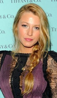 Blake Lively Long Braided Hairstyle - Blake showed off the season's hottest hairstyle, the messy side braid.
