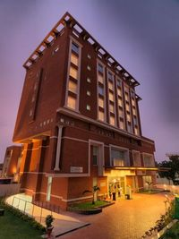 Hotel Royal Orchid, Jaiour which is the only hotel in Jaipur with eight plunge pool rooms. It is located just a few minutes away from Jaipur International Airport and Railway Station. For more info visit : https://www.royalorchidhotels.com/hotel-royal-orc...
