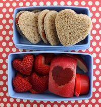 I went waaay overboard on the Valentine's theming this year, but I love how the kids' lunches came out. In fact, I couldn't wait until Friday to share the bento