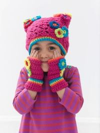 Free Crochet Pattern: Blooming Cap And Mitts