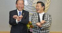 South Korean rapper Psy meets with UN Secretary-General Ban Ki-moon and teaches him the Gangnam Style dance. Watch full #CNN video here: http://j.mp/Vr49b5