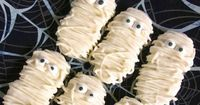 Nutter Mummies - decorate Nutter Butters to look like mummies! So much fun for Halloween!!