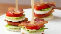 Bread. Mayo. Lettuce. Tomato. Bacon. Layer.