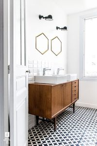 Subway tile has been around for more than 100 years, but recently it's enjoyed a huge surge in popularity, appearing in bathrooms and kitchens in all kinds of s
