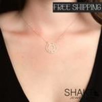 CIRCLE NECKLACE ROMAN NUMBERS