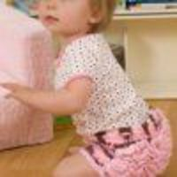 These Ruffle-Bottomed Baby Girl Soakers are so cute, you'll want to crochet one in every color! Learn how to make diaper covers with these easy instructions from Red Heart Yarn, and then show off your adorable crocheted diaper covers to all of your fr...