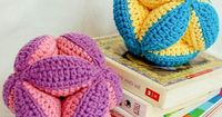 Baby clutch ball crochet pattern