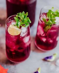 Mint Hibiscus Iced Tea
