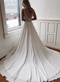 H0567 Sexy simple plunging chiffon wedding dress Search the site for Model No. , link in bio
