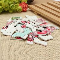 Pack of 50 Assorted Wooden Christmas Stockings Buttons. 20mm x 28mm. Wood Festive Xmas Socks £7.49