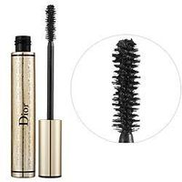 DiorShow Extase Mascara. I put this on as my first layer to give my lashes extra length.
