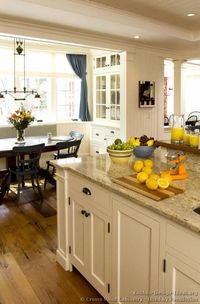 Pictures of Kitchens - Traditional - White Kitchen Cabinets (Kitchen #123)