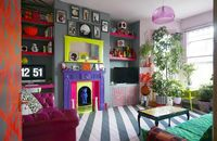 In London, a Color-Clashing Punk�'s Bright and Vivacious Flat